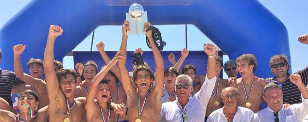 Nuoto Catania, urlo tricolore